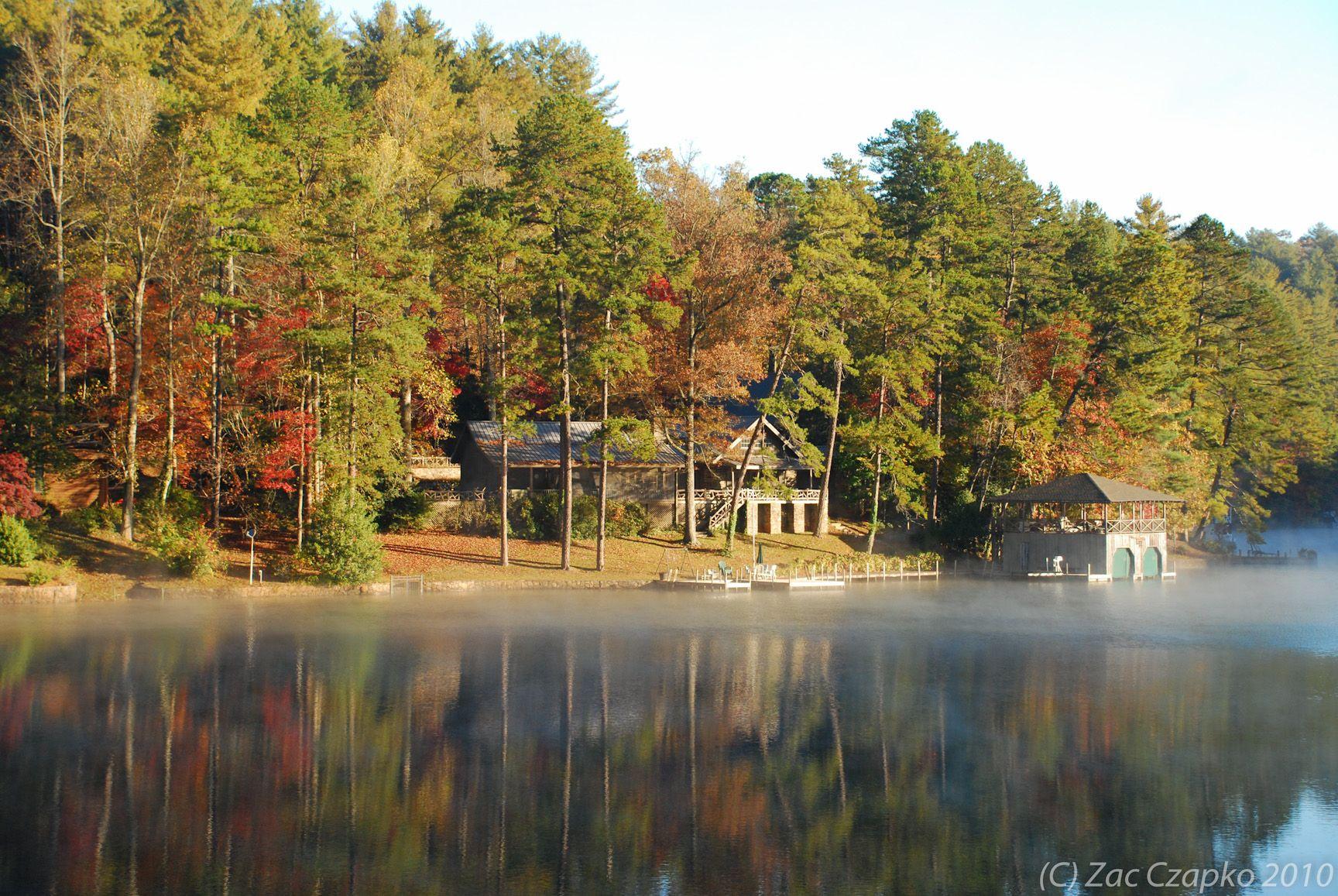 Cool Lakeside House At Lake Rabun LAKE HOUSE Pinterest