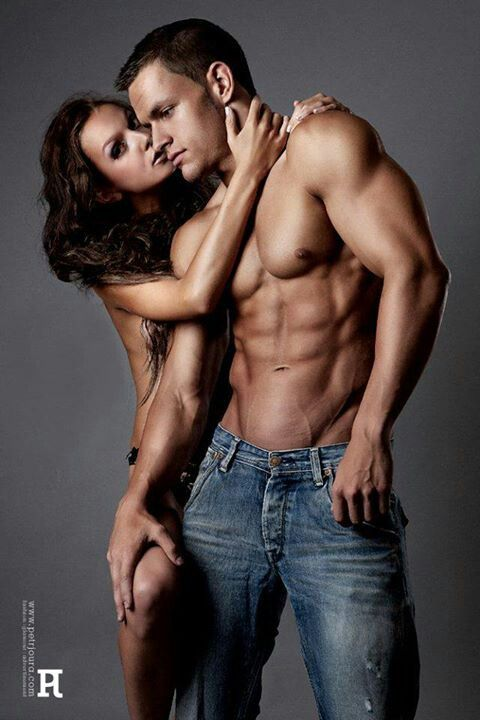 Couples fitness muscles