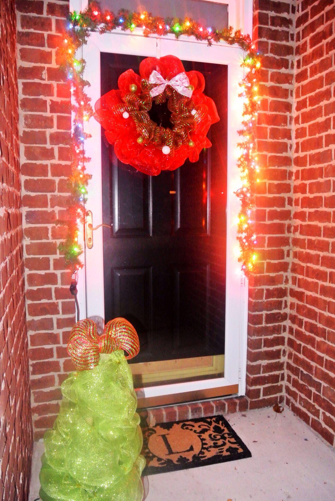 Deco mesh outdoor christmas decorations outdoor lights for Deco christmas decorations
