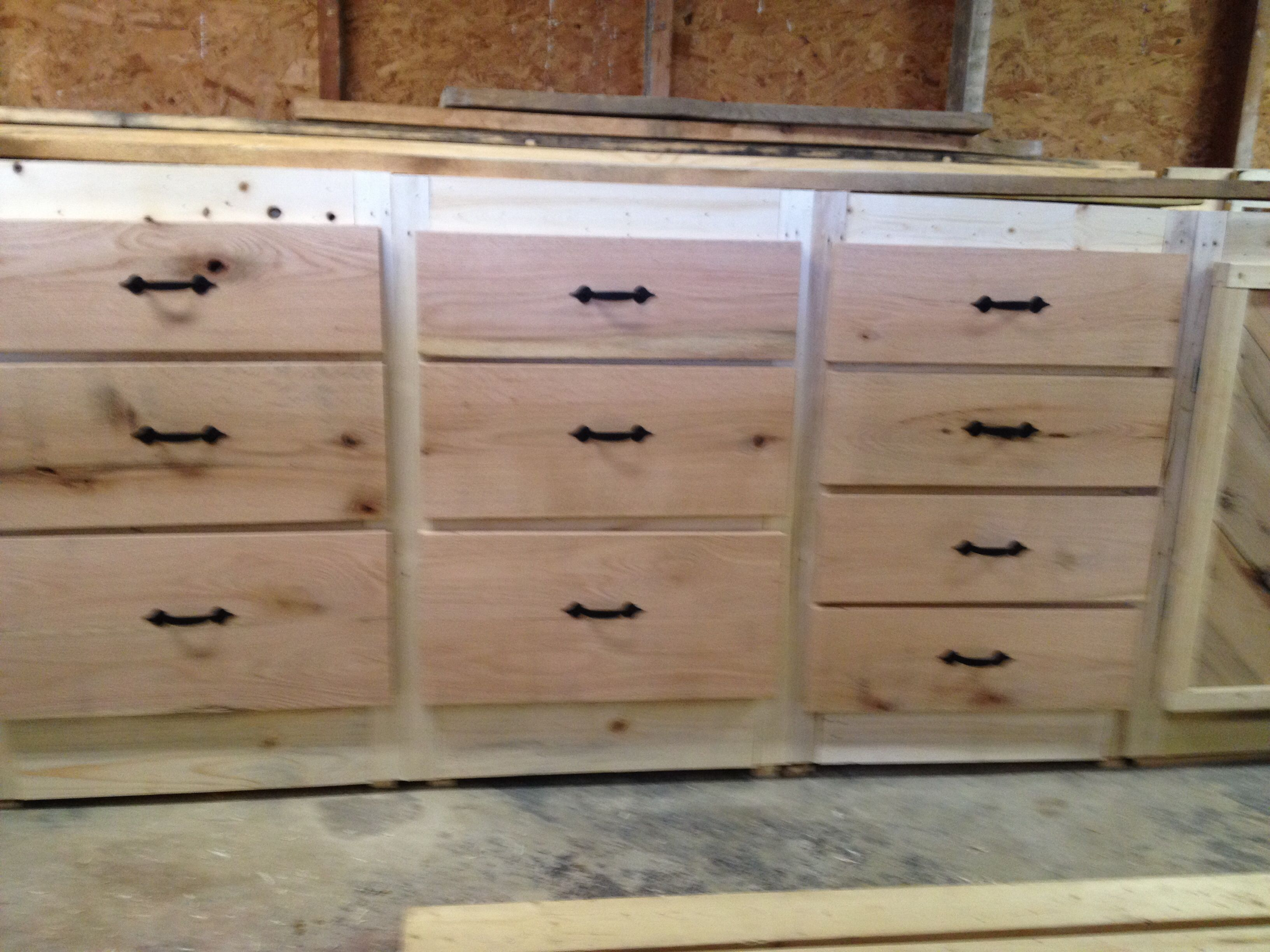Cabinets made from pallets stuff i have built pinterest - Cupboards made from pallets ...