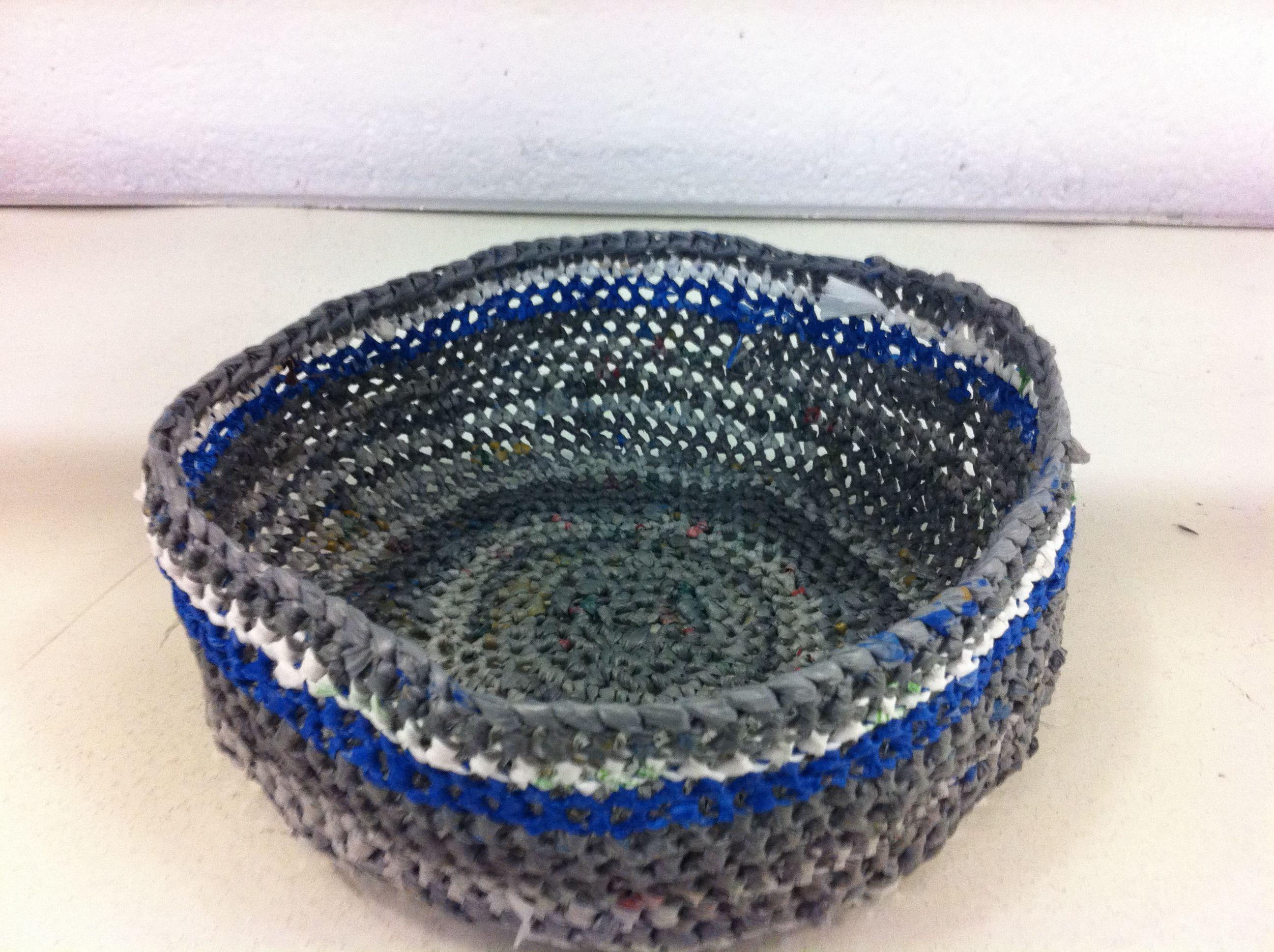 Crochet Plarn Basket by nimiba Crochet Pinterest
