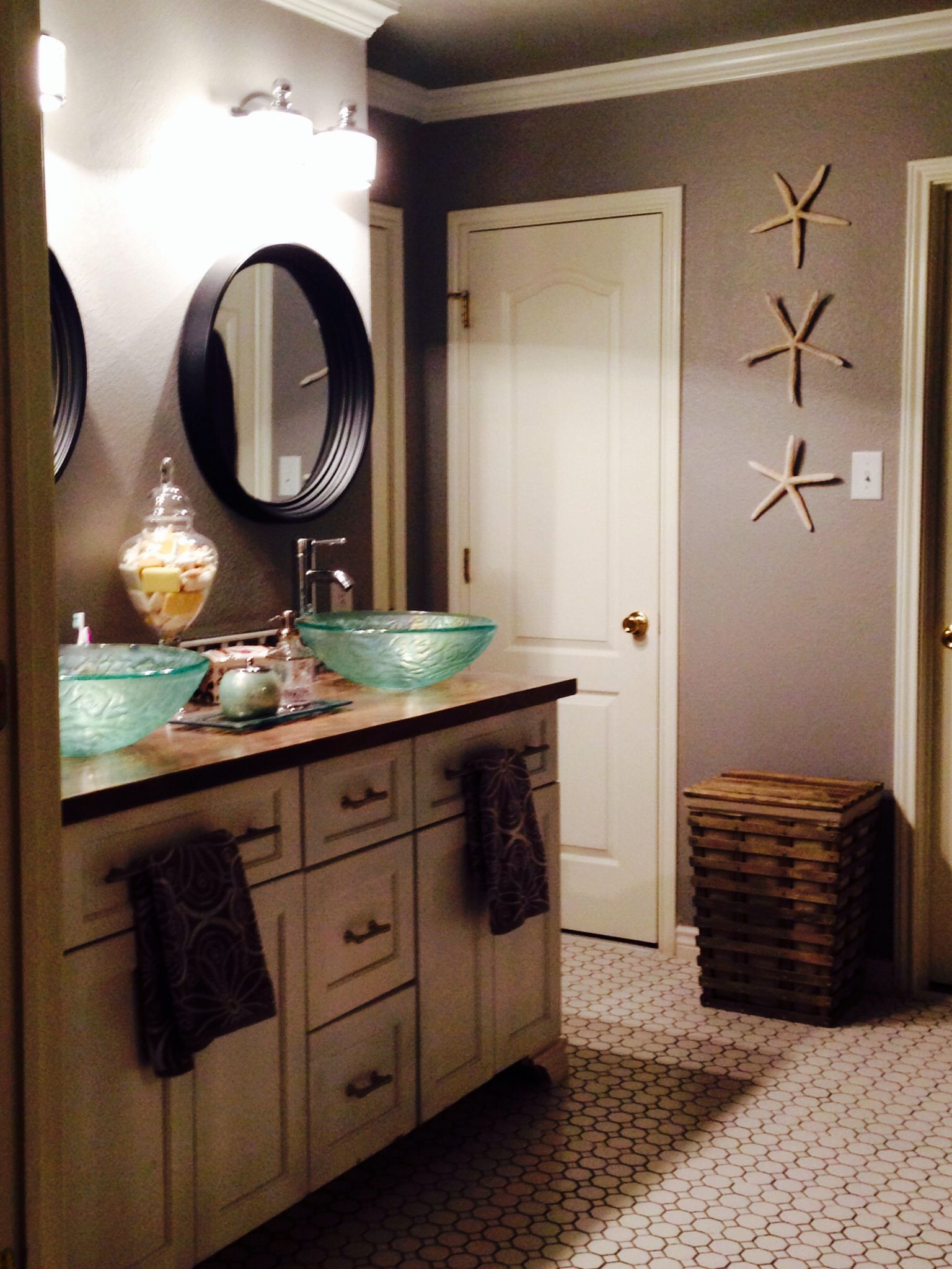 Diy Bathroom Remodel On A Budget For The Home Pinterest