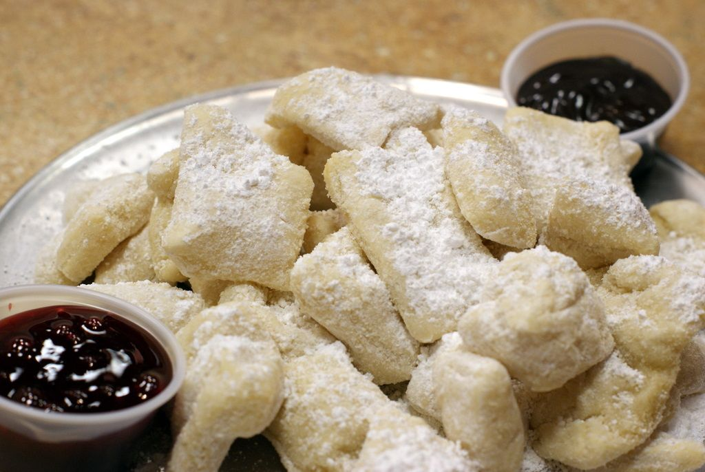Zeppoles with Chocolate Dipping Sauce | Sweet Treats/Bread/Baked Good ...