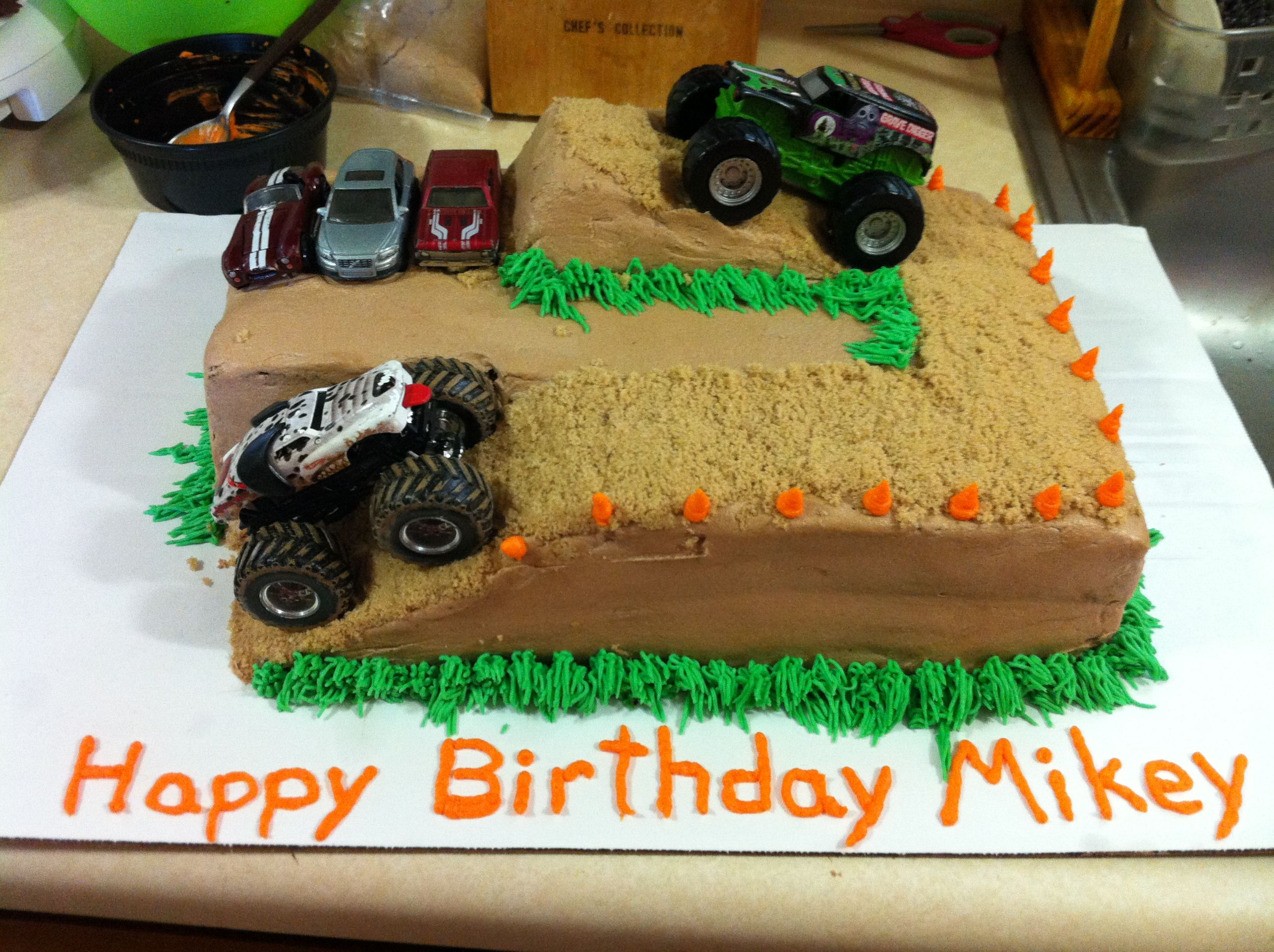 Monster truck cake Cake ideas Pinterest
