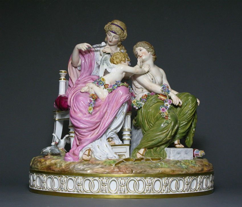 a meissen figure group cupid in trouble porcelain. Black Bedroom Furniture Sets. Home Design Ideas