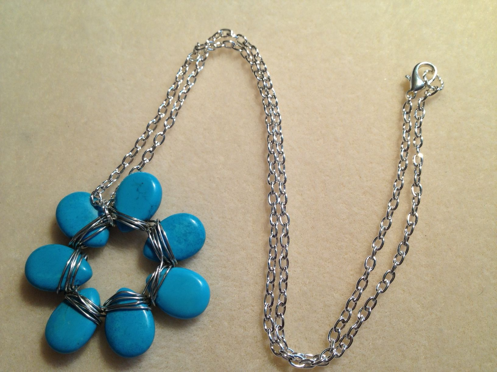 Wire wrapped flower pendant | Jewelry Making | Pinterest