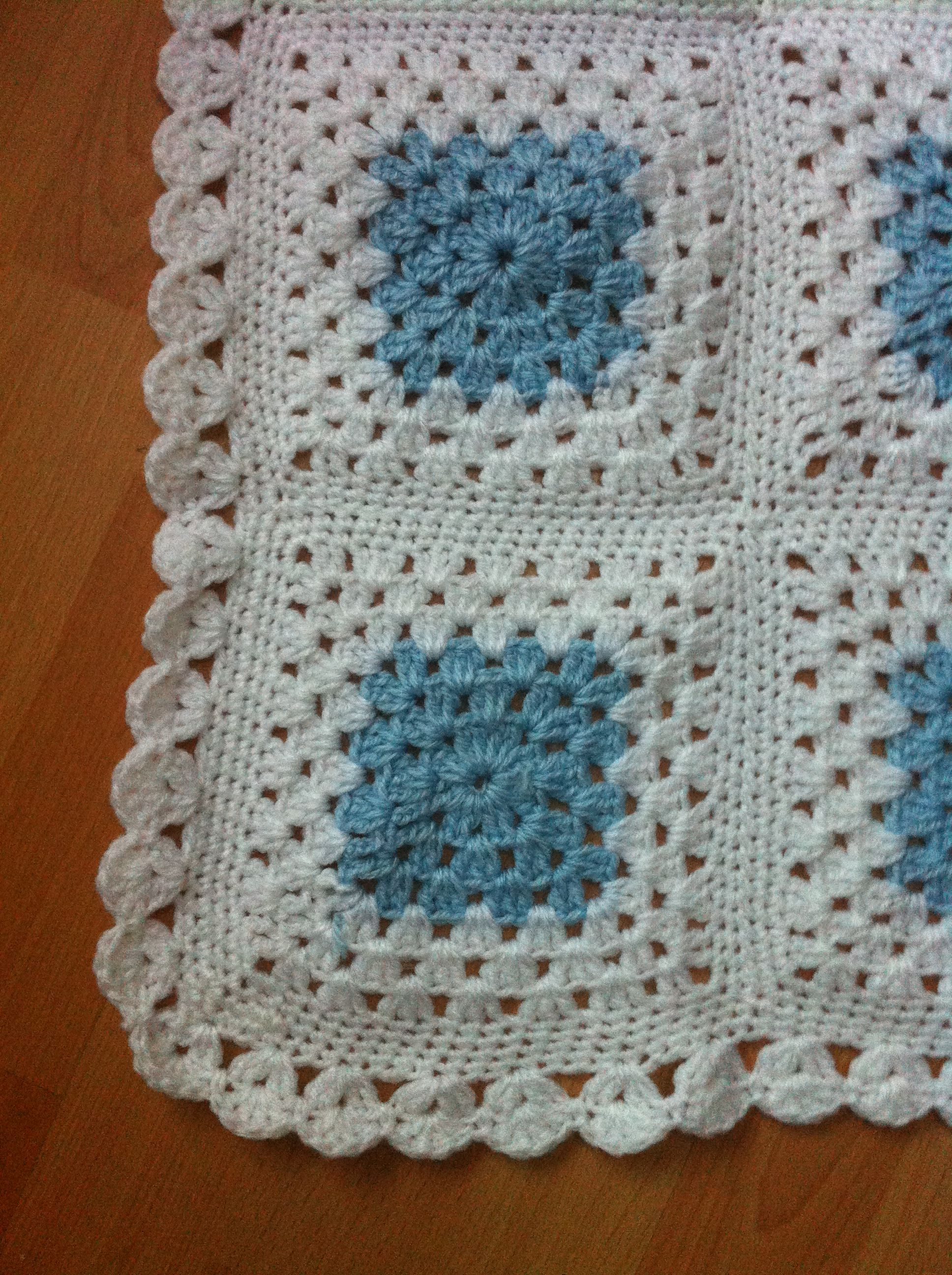 Crocheting Edges On Baby Blankets : Baby blanket crochet, bubble edging Baby Gift Basket Ideas Pinter ...