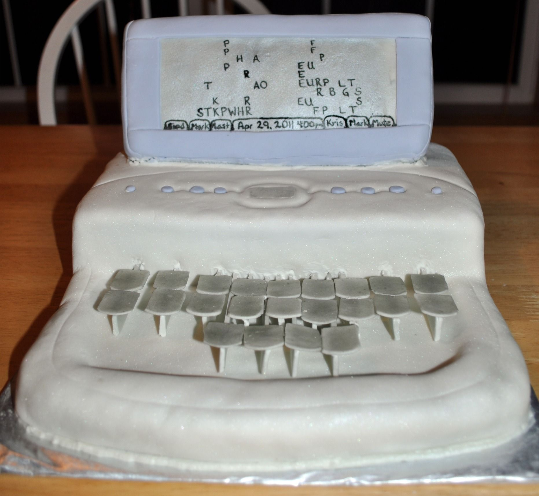 court stenographer machine