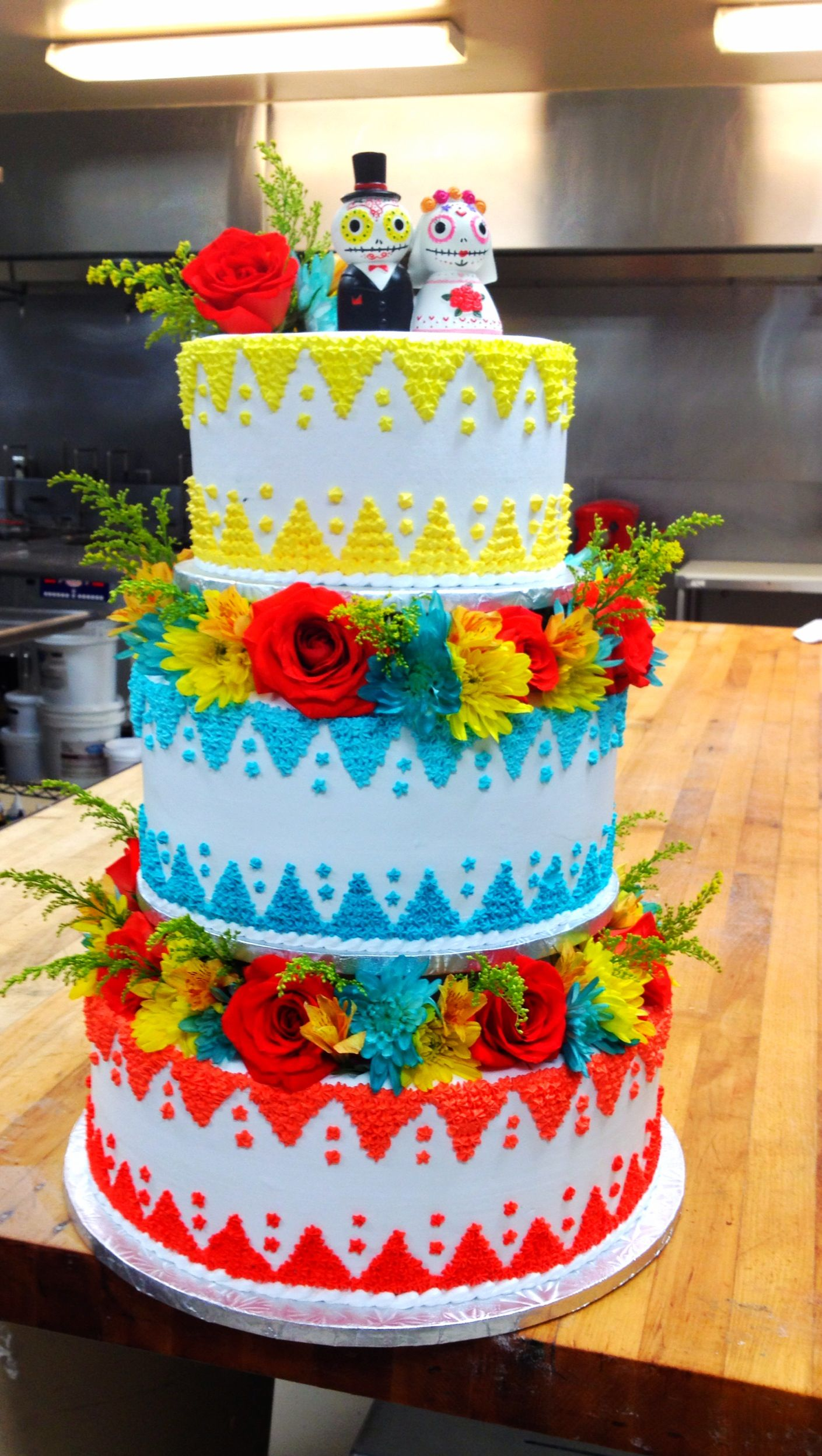 Mexican Cake for a wedding | Day of the Dead Wedding cakes and more ...