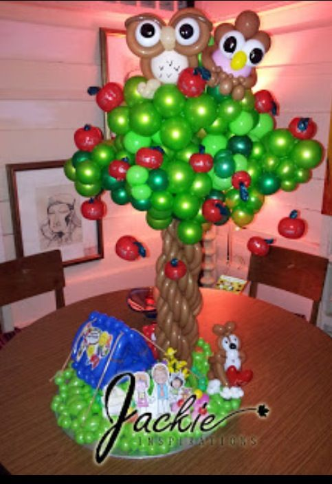 Tree balloon decor ballons pinterest