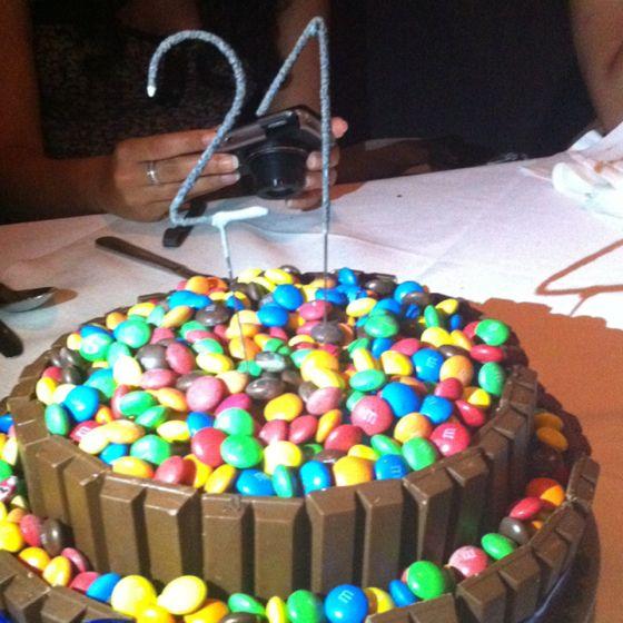 Best birthday cake ever 21st birthday ideas pinterest for How to make the best birthday cake ever