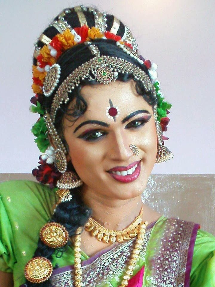 Dream Of Dressing Like Her Indian Crossdresser Desi