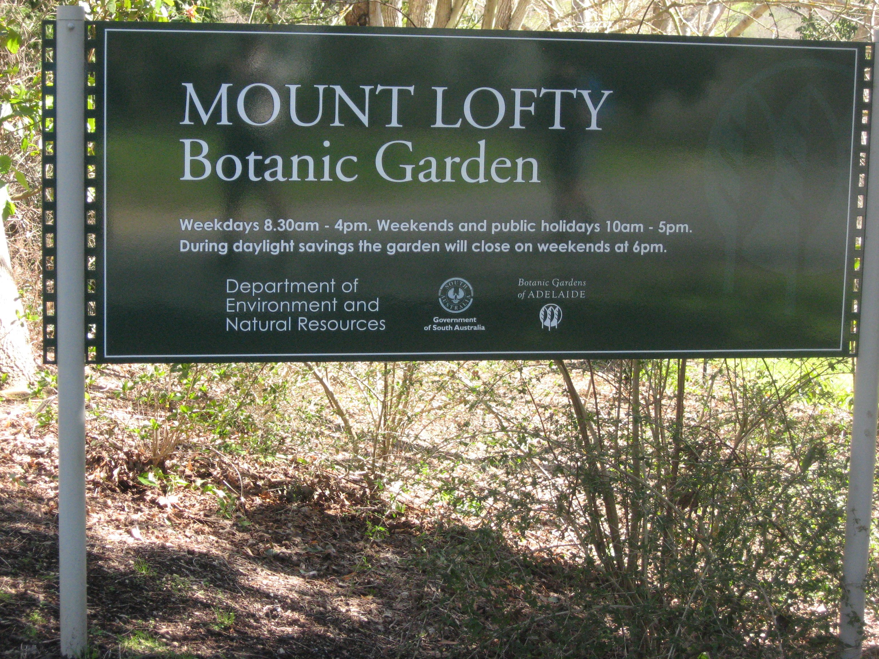 Going Through Mt Lofty Botanic Gardens Heysen Trail