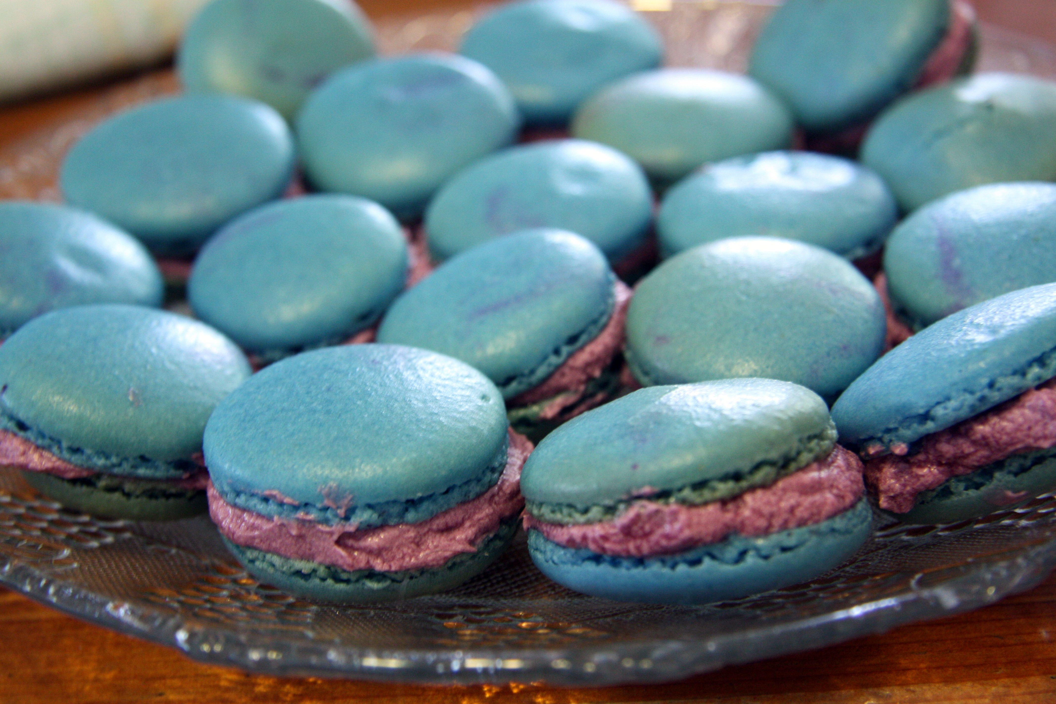 Blueberry macarons. | Make Bake and Decorate! | Pinterest