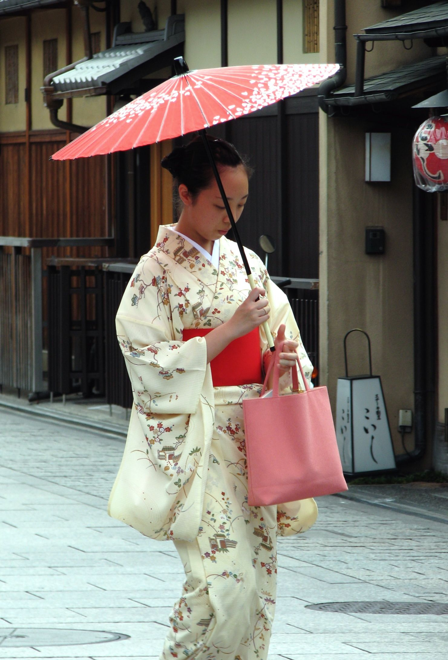 japanese traditional kimono | Fashion Inspiration | Pinterest