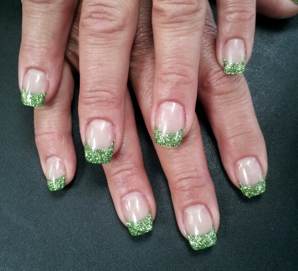 Green glitter acrylic tips | Nail art | Pinterest
