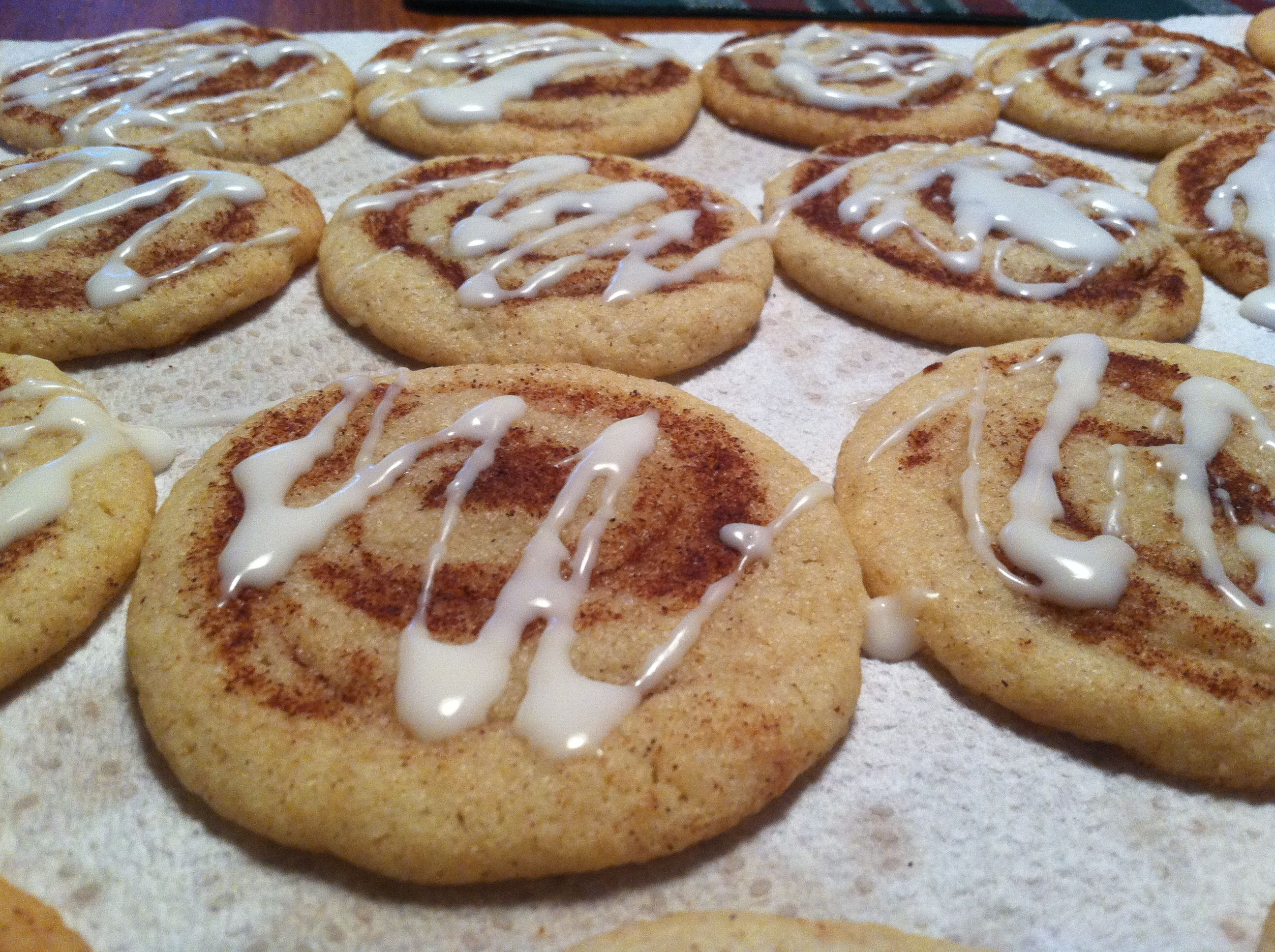 cinnamon roll cookies! --YUM! | Yum | Pinterest