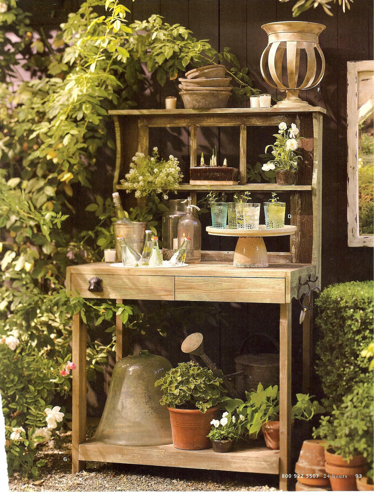 Potting bench inspiration gardening pinterest Outdoor potting bench