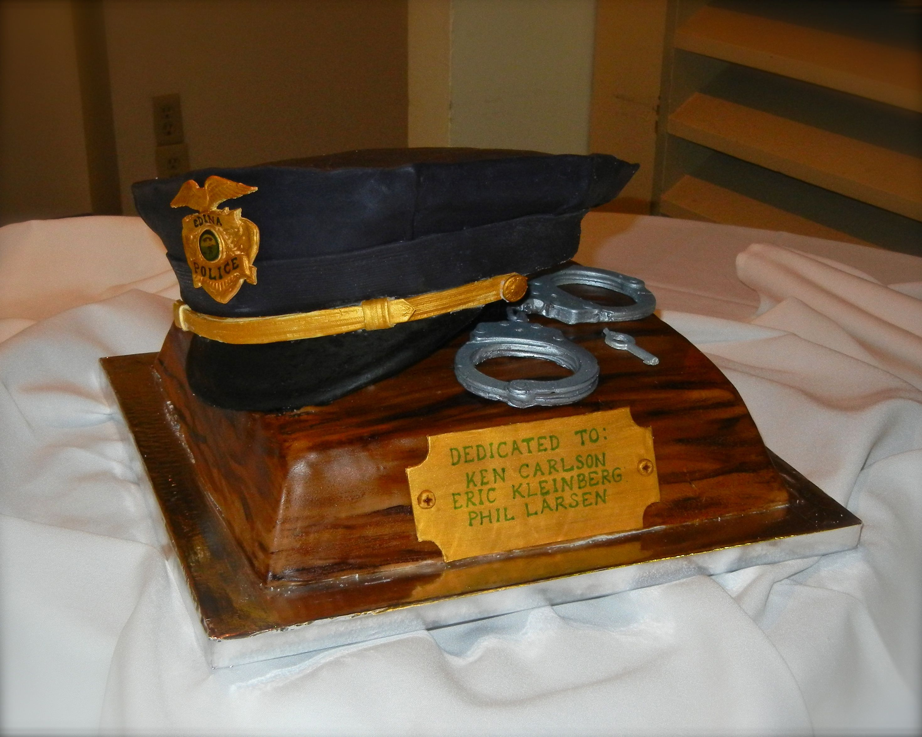 Police Retirement Cake Images : Cake For Police Retirement Retirement Party ideas ...