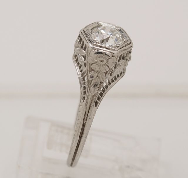 antique Victorian style engagement ring Fashion Faves