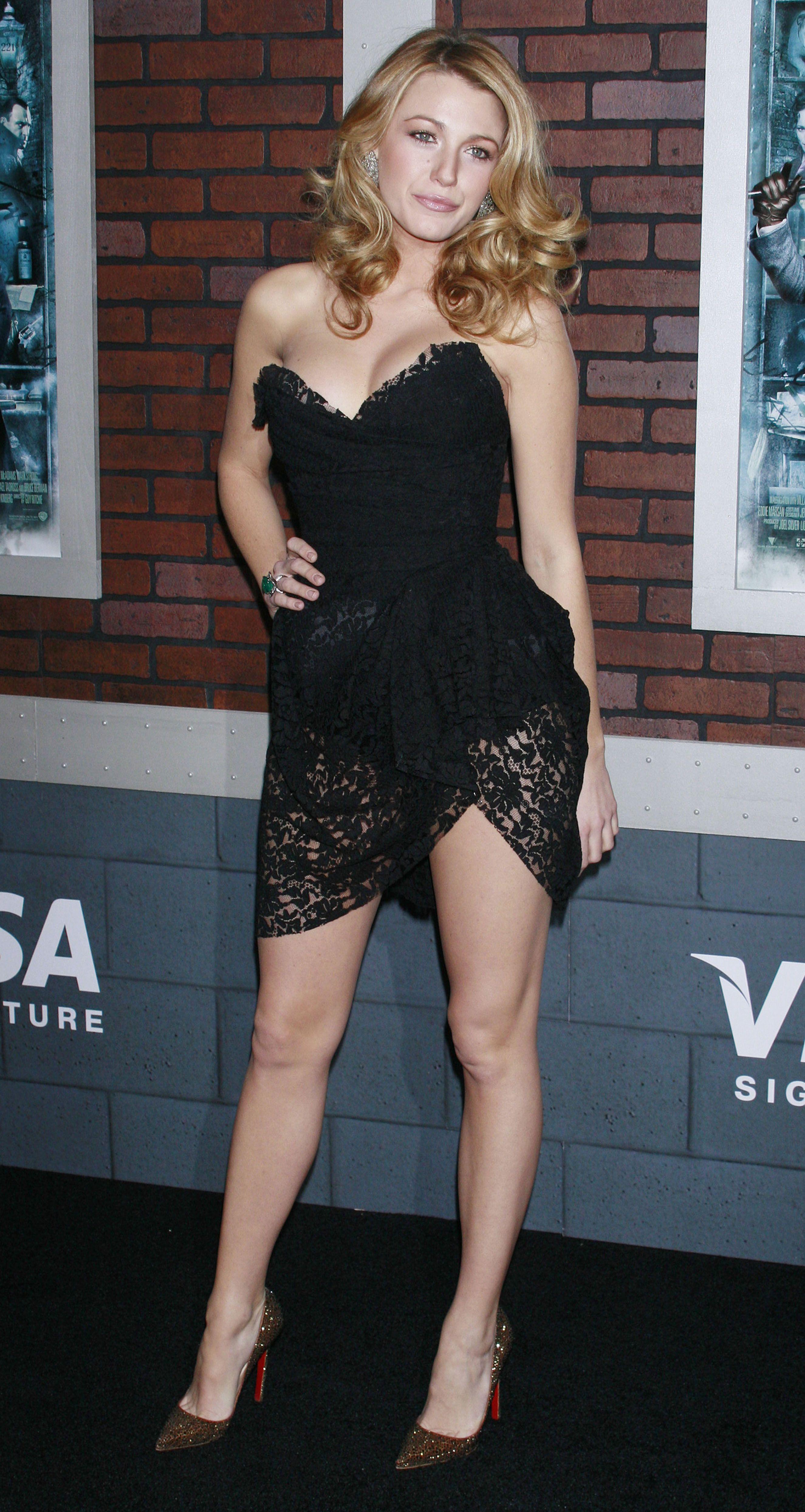 blake lively black dresses - photo #2