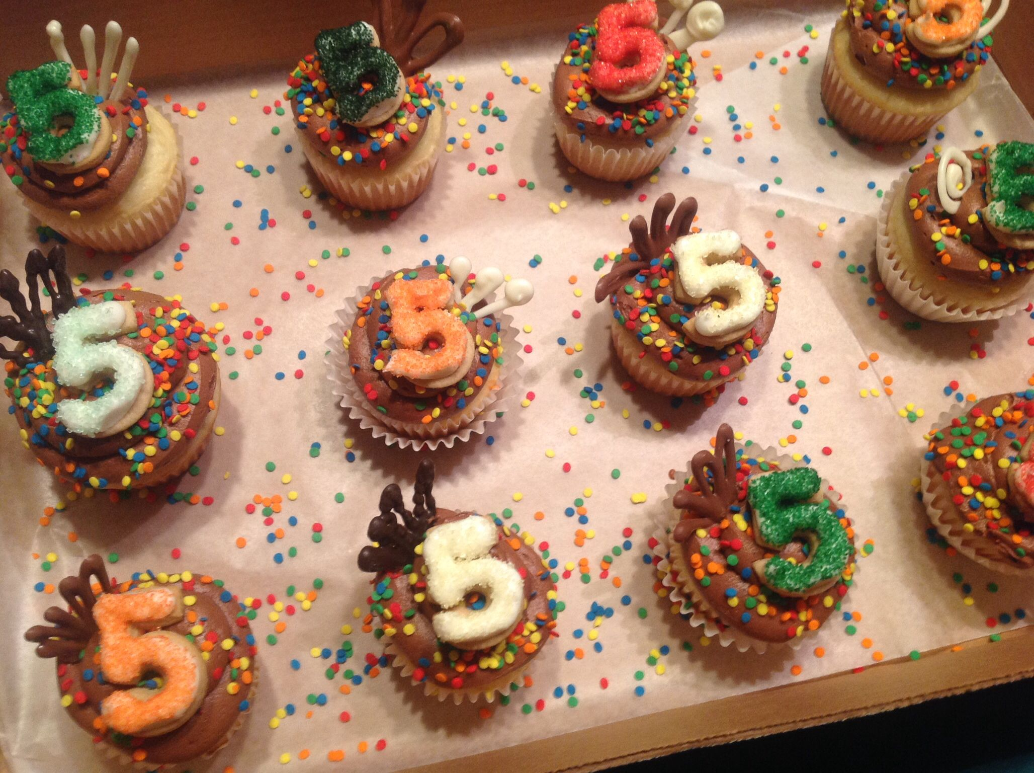 Birthday cupcakes  Cupcake/Cake Decorating ideas  Pinterest