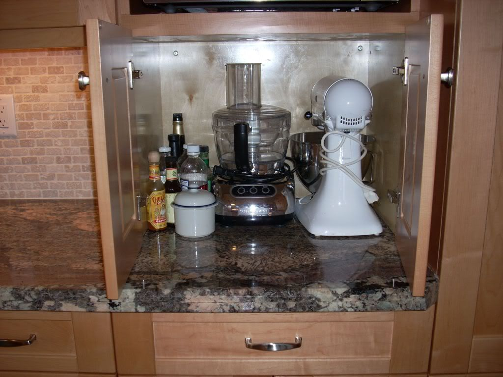 Pin by lyn philion on cool ideas pinterest for Small kitchen in garage