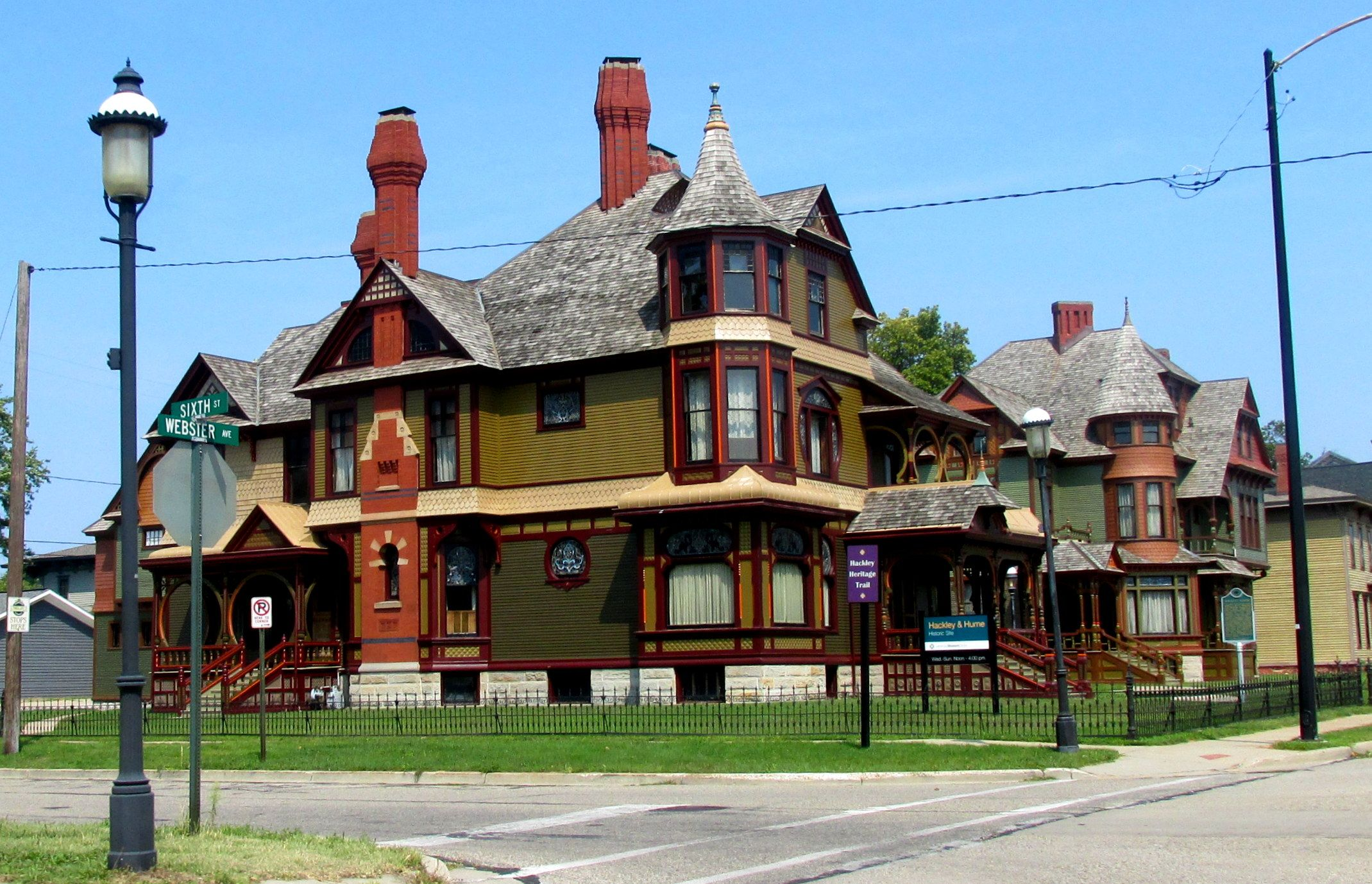 11 best simple queen anne style architecture ideas for Stile queen anne