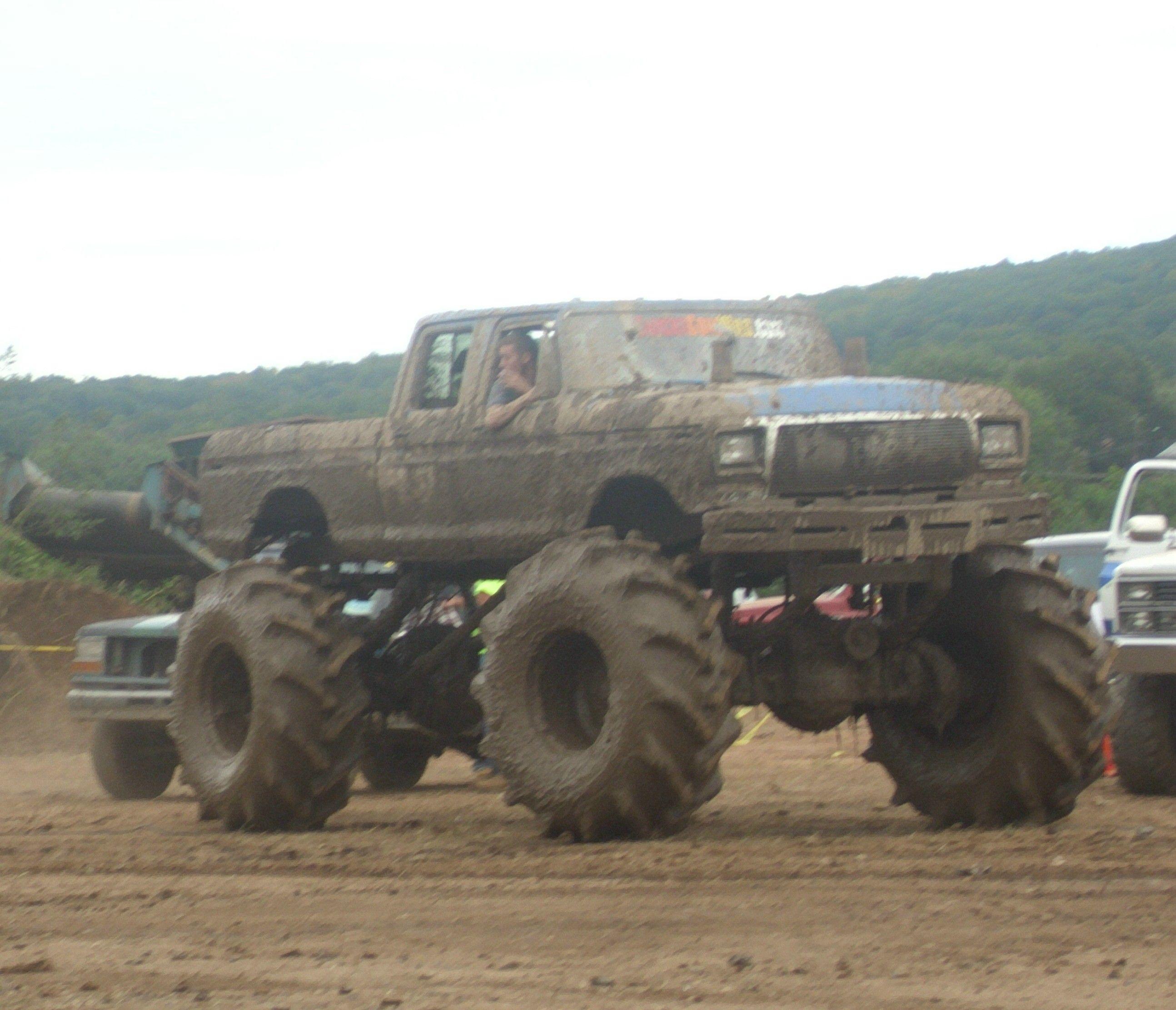 Jacked up Ford Mud Trucks Jacked up Trucks Mudding
