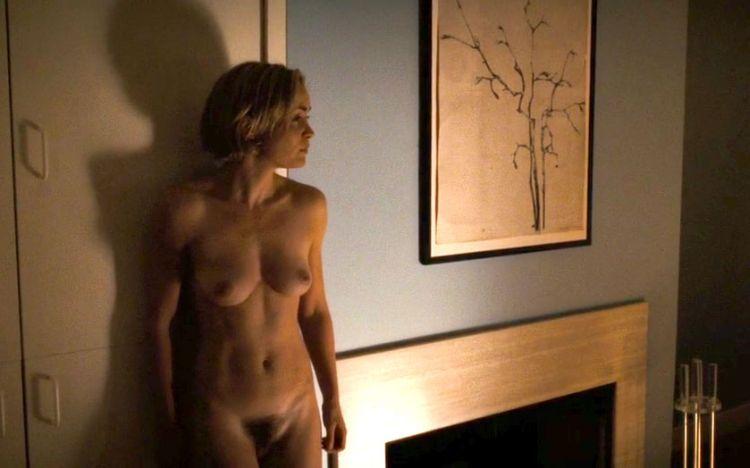vse-eroticheskie-i-golie-fotki-kerol-uillis