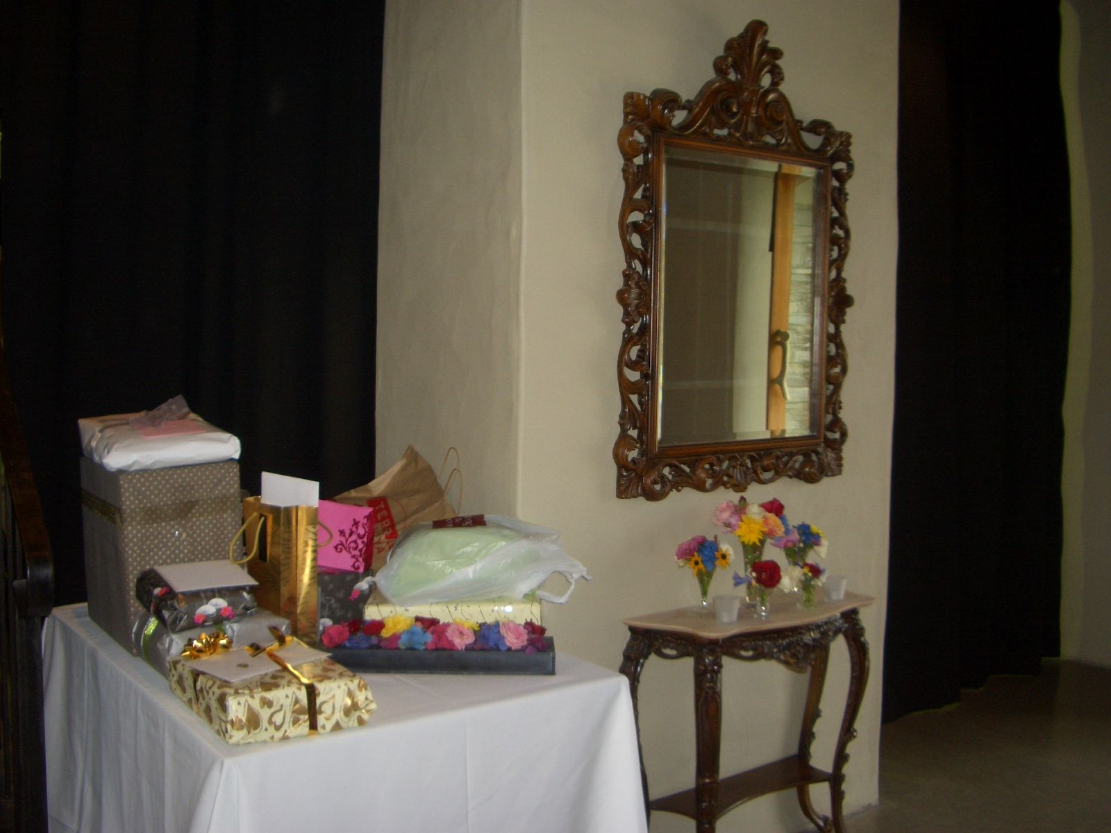 Wedding Present Table Pinterest : Gift Table in the entrance Weddings Venues Queenstown Pinterest