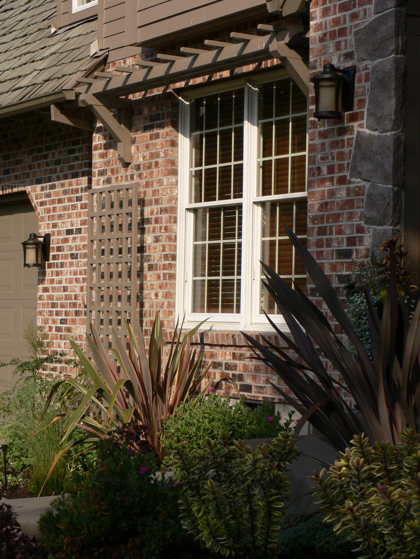 Window arbor and trellis decks fences gates arbors for Window trellis design