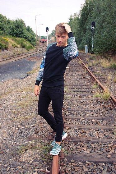 Nike Roshe Run Jeans