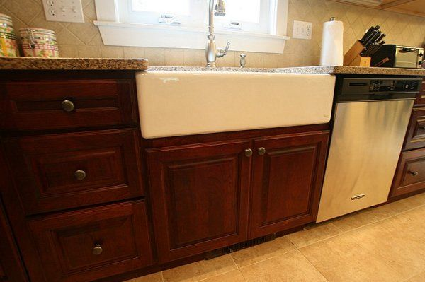 Apron Sink Cabinet : dark cabinets, apron sink kitchen reno Pinterest
