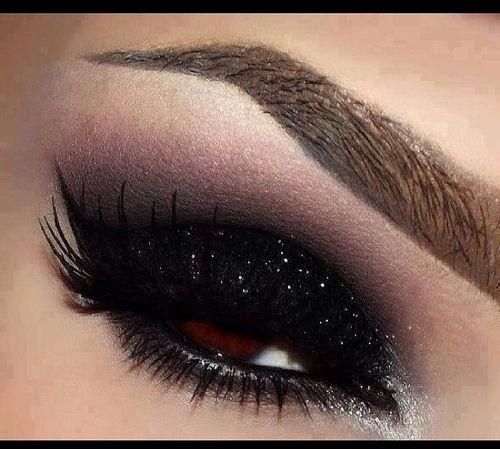 black diamond eye makeup look