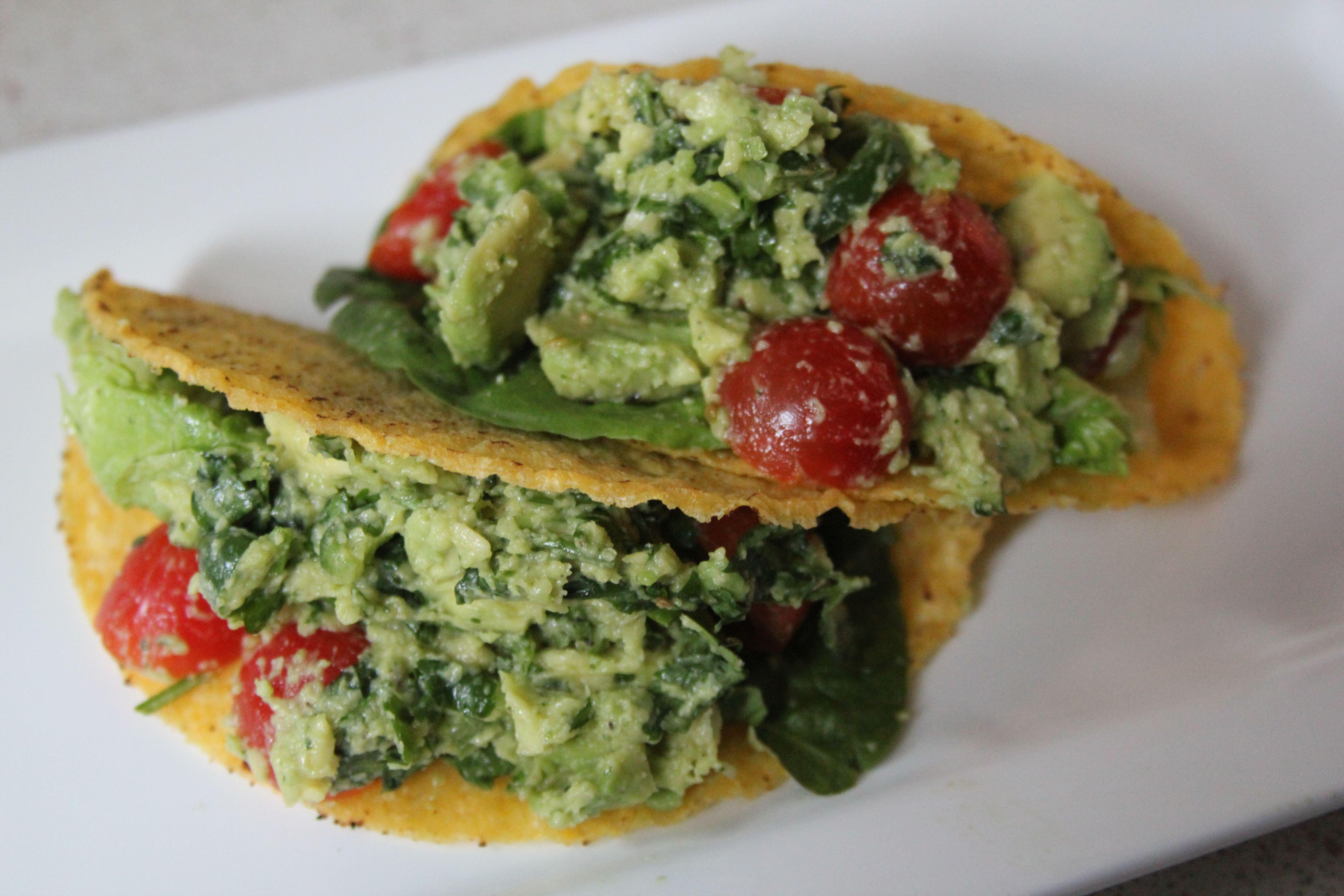 Guacamole taco salad | Fab Vegetarian Recipes | Pinterest