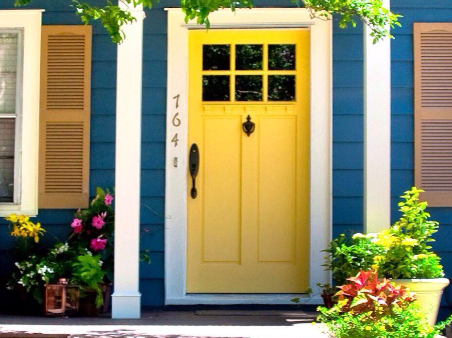 Love that yellow door victorian exterior house paint for Exterior yellow house paint