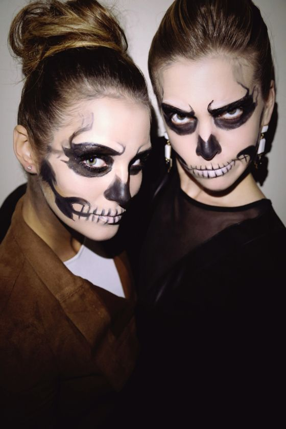 A Step-by-Step Guide to Totally Doable Glam Skeleton HalloweenMakeup