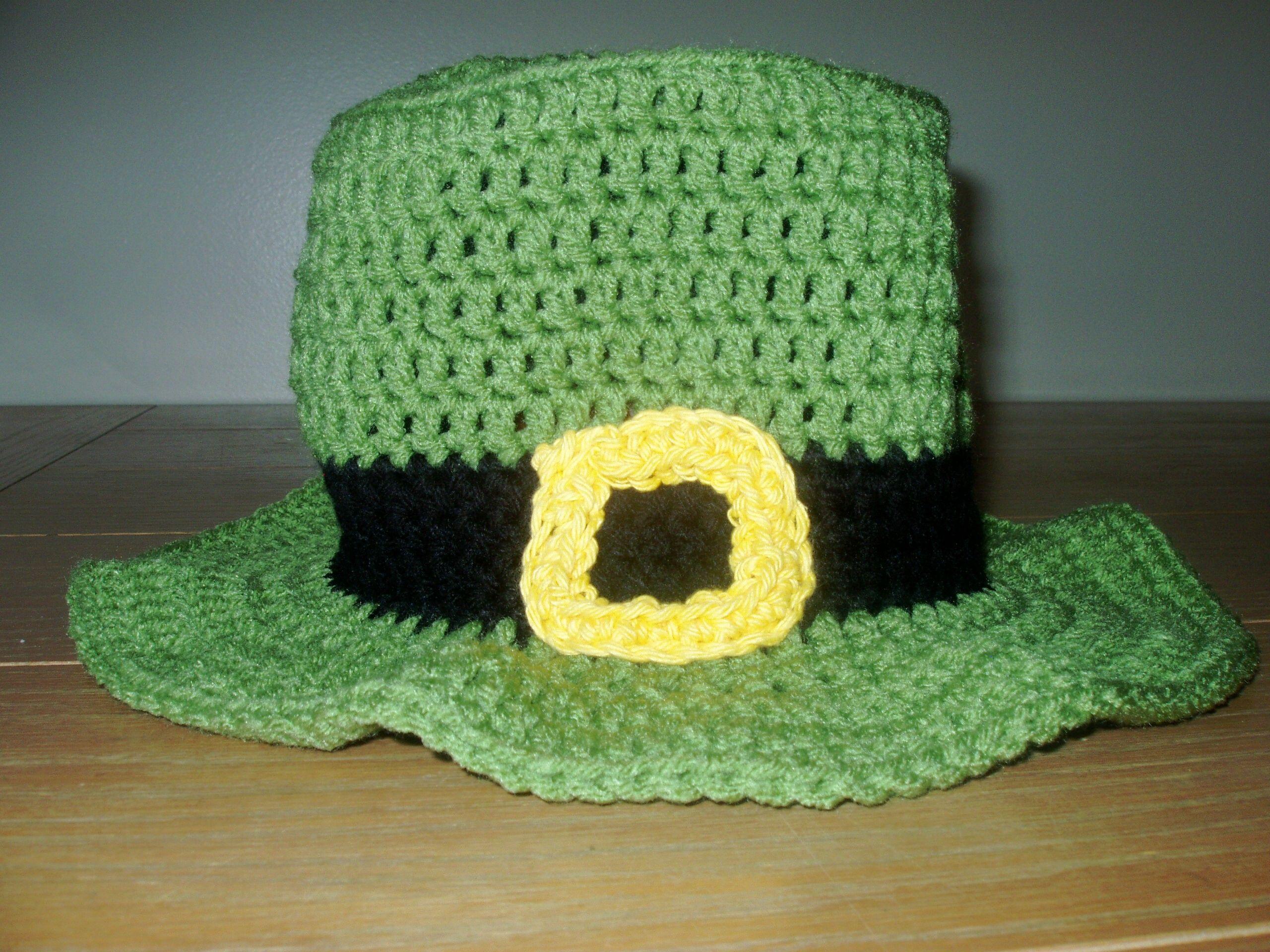 crocheted st patricks day garden flag