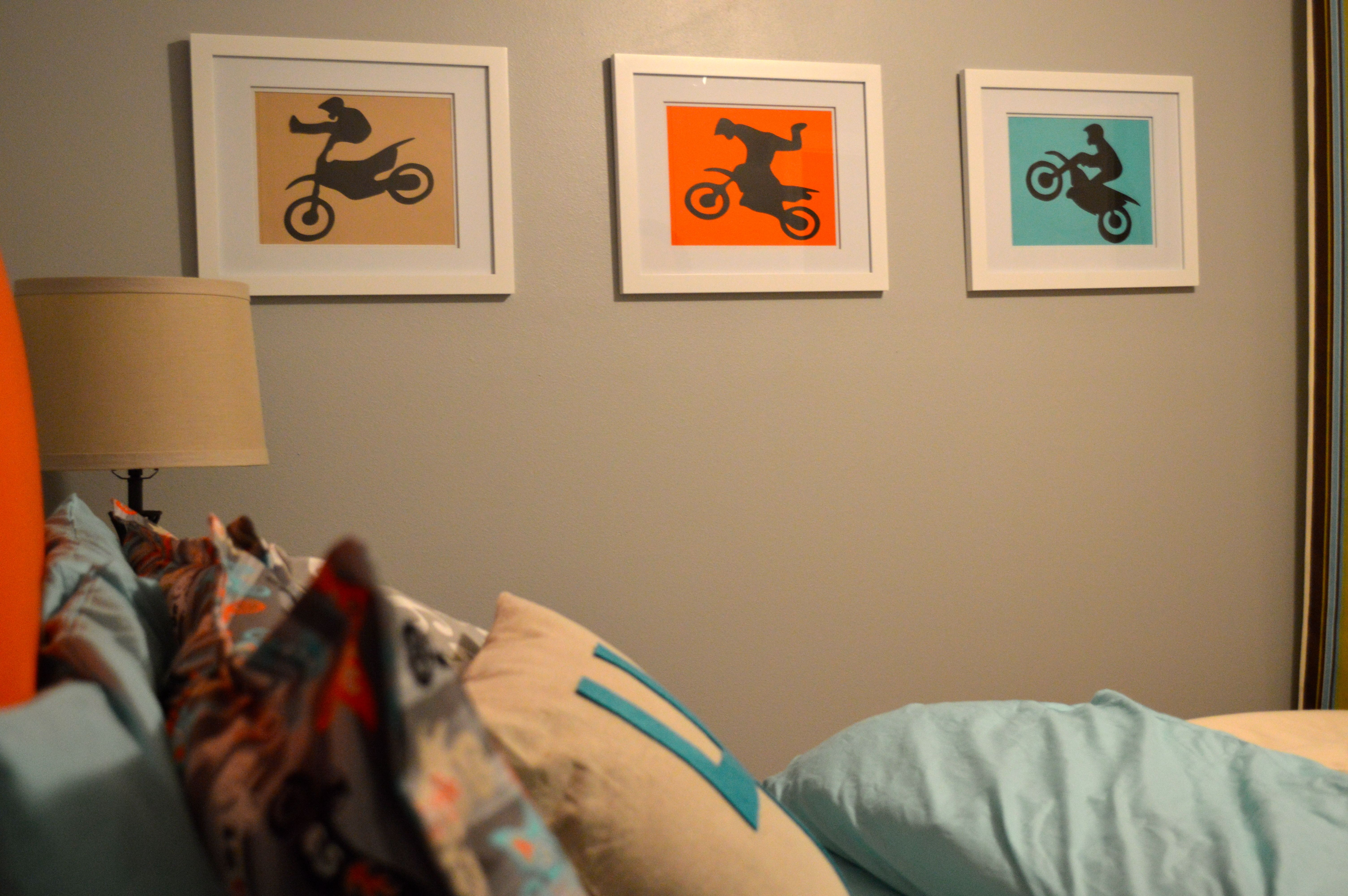 Dirt bike bedroom taylor 39 s bedroom pinterest for Dirt bike bedroom ideas