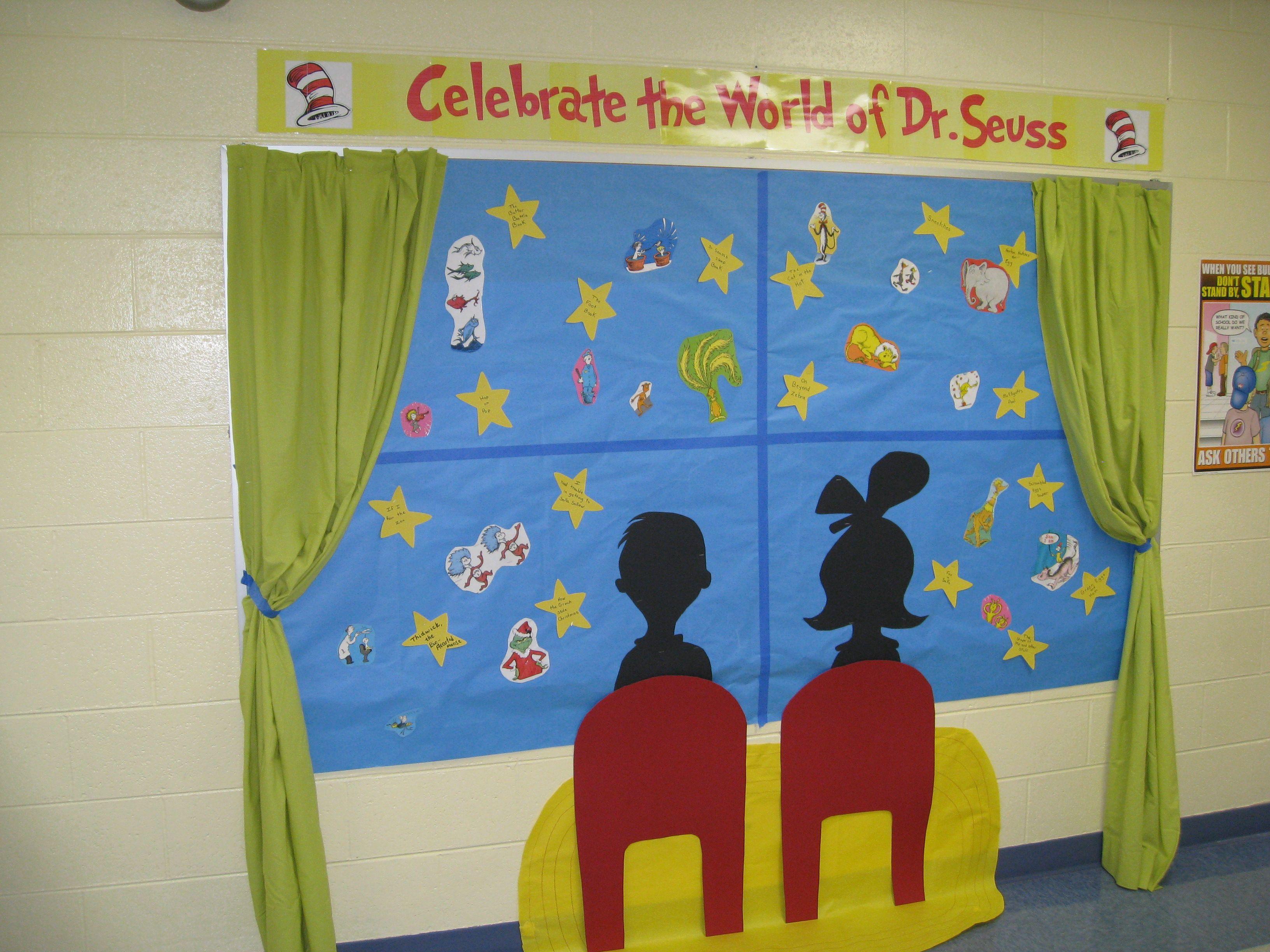 My seuss bulletin board education ideas pinterest for Cork board decorating ideas pinterest