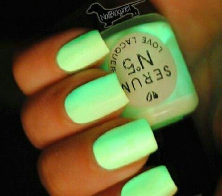 Neon green nail polish | Neon! | Pinterest