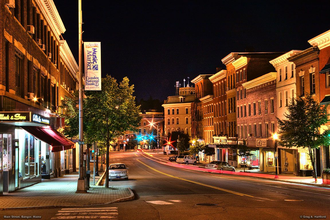 Bangor Maine Downtown At Night Destinations Pinterest