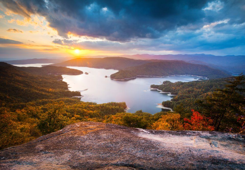 lake toxaway girls The lake toxaway country club is a private club for the exclusive use of its members, their guests, and overnight guests at the greystone inn membership is subject to approval by the.