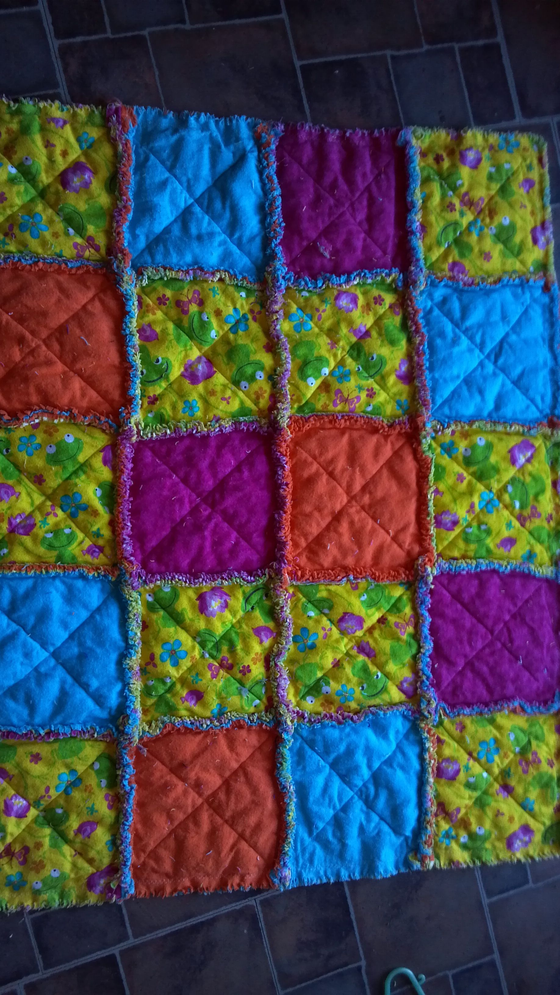 Rag Quilt Color Ideas : flannel rag quilt quilting Ideas and favs Pinterest