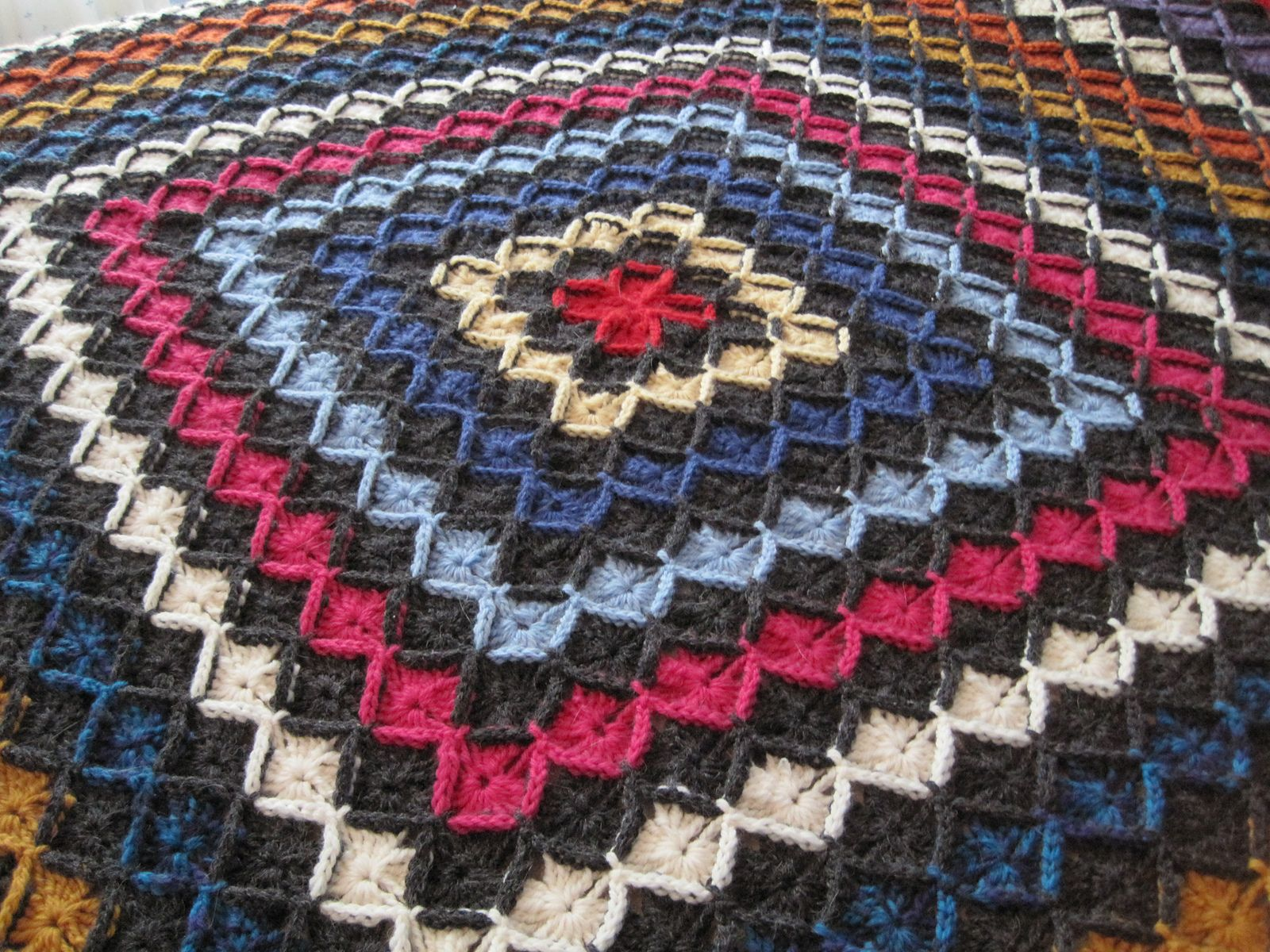 Beekeeper s Quilt Free Pattern Crochet : Wool Eater Blanket Crochet Pinterest