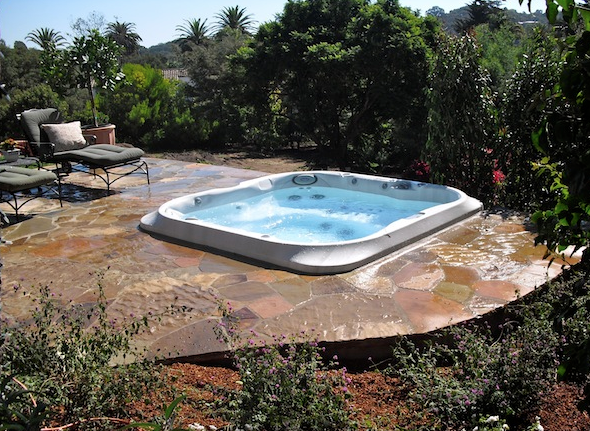 backyard jacuzzi spa set in flagstone pools and jacuzzis pintere