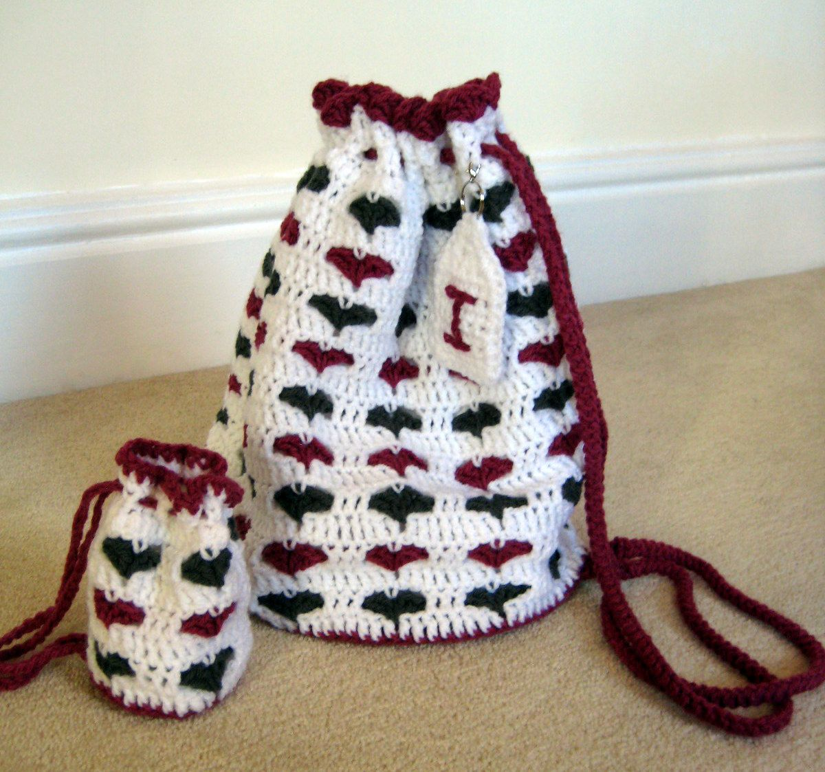 Free Crochet Patterns Drawstring Bags : Pin by Patternsforcrochet (a free pattern website) on ...