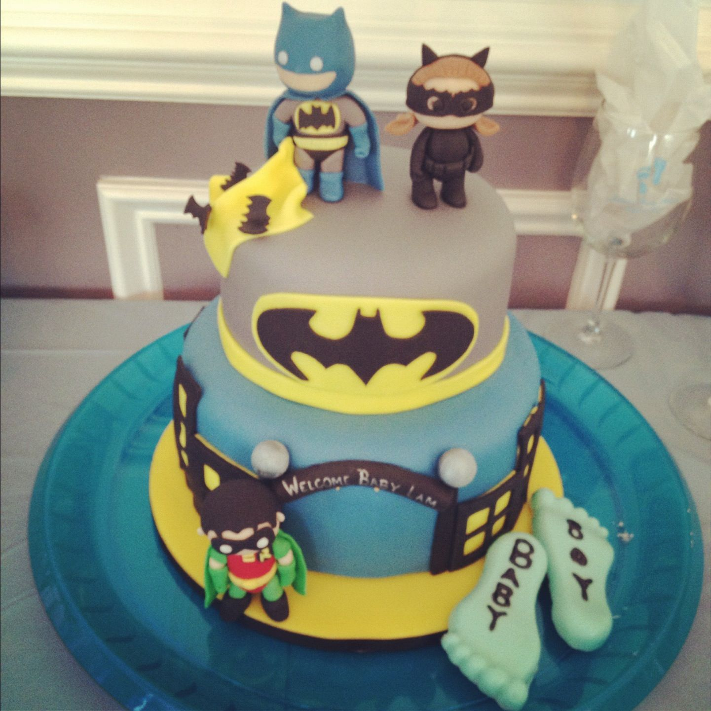 baby superhero batman cake ideas and designs