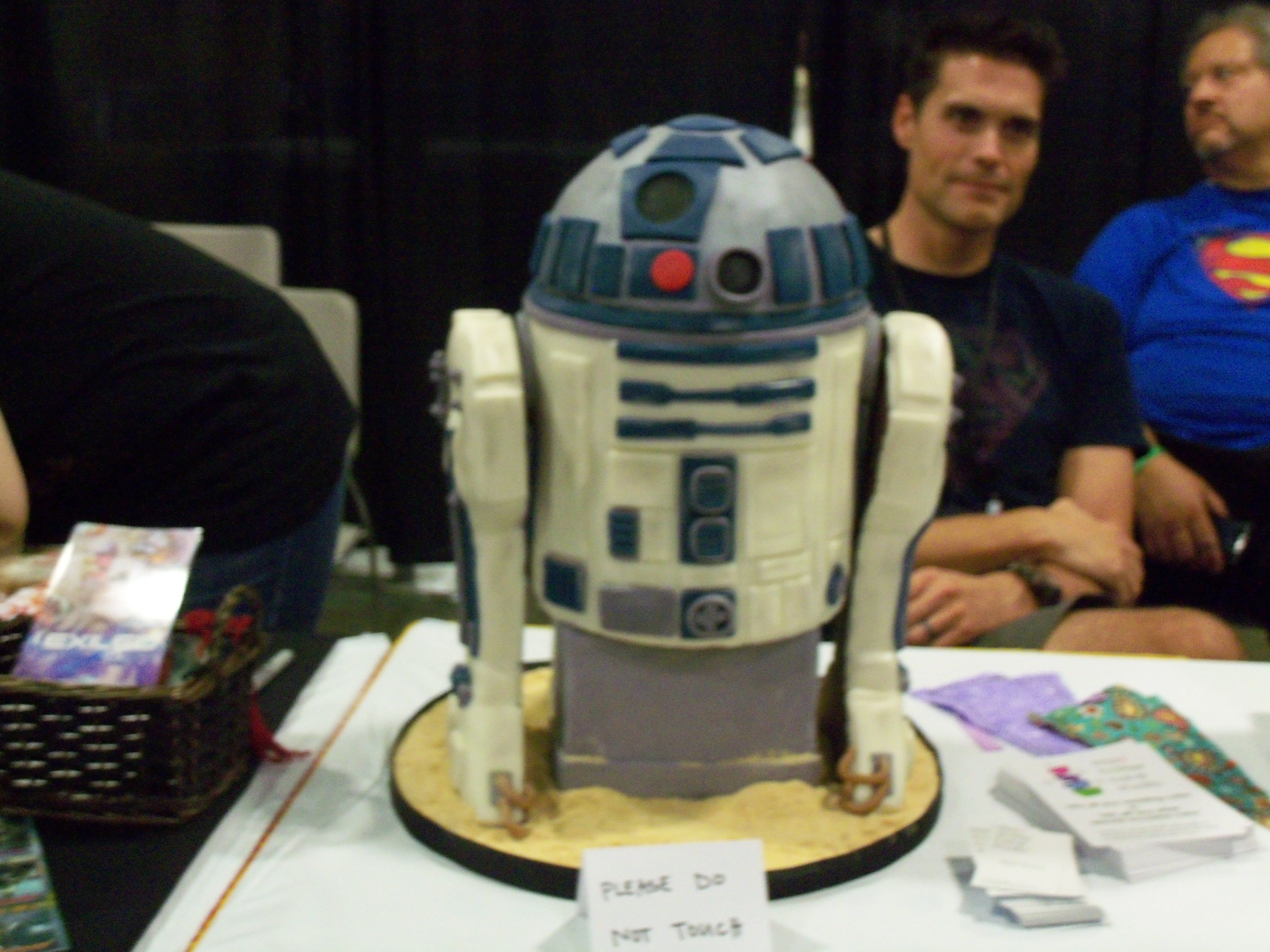 Star wars cake comic con salt lake city pinterest